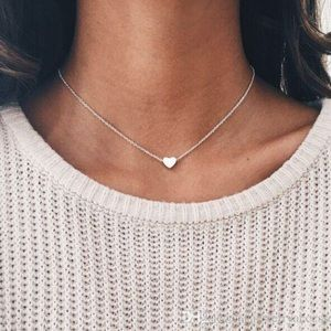Jewelry - Silver Tiny Heart necklace Trendy